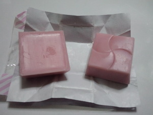 チロルチョコホワイトマシュマロ4.JPG