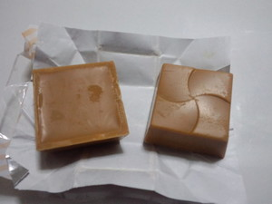 チロルチョコホワイトマシュマロ5.JPG