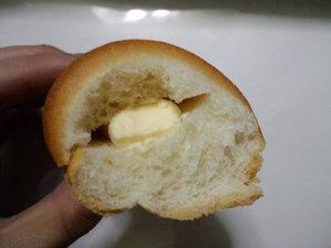 ヤマザキヴィエノワーズミルク3.JPG