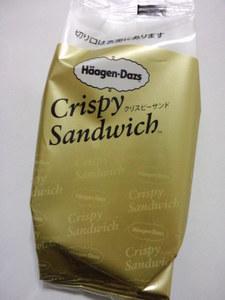 ハーゲンダッツクリスピーサンドチョコレートクッキー&クリーム2.JPG